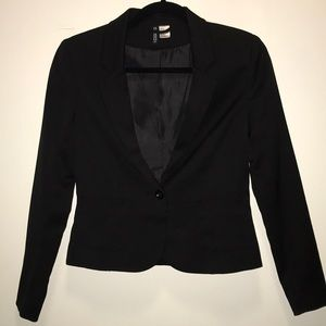 H&M blazer New without tags. Never worn size 4